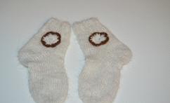 Alpakos vilnos kojinytės su nertomis gėlytėmis
