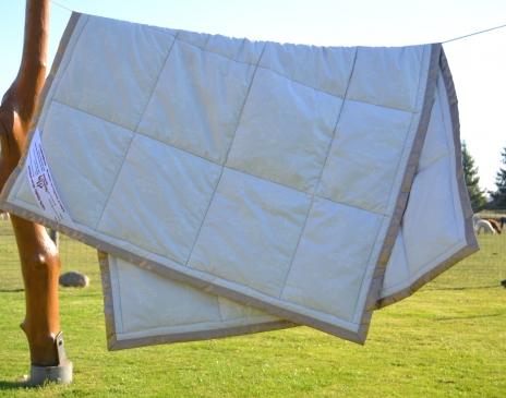 Vaikiška antklodė 100X140cm (100% alpakų vilna)