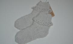 Baltos kojinytės iš alpakos vilnos